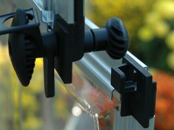 Palram 6ft x 16ft Snap & Grow Hobby Greenhouse - window lock