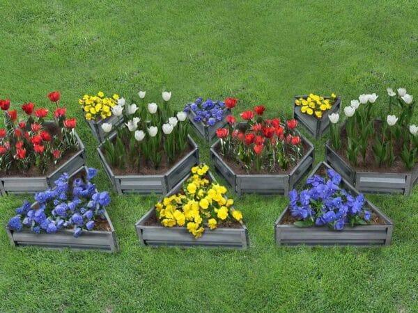 Delta Park mix flower beds