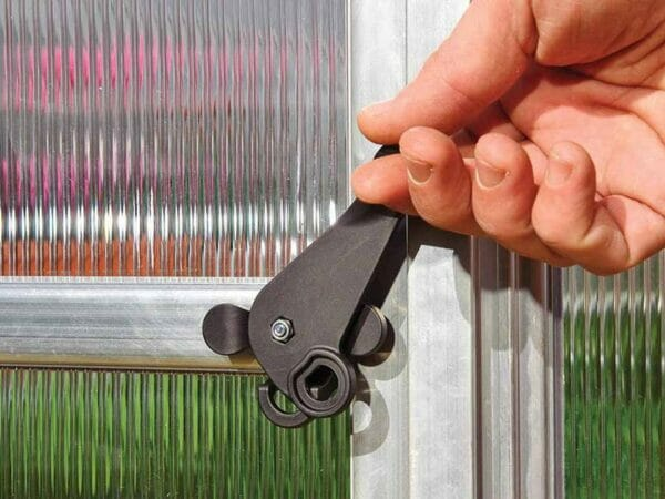 Palram Essence 8ft x 12ft Hobby Greenhouse - HG5812 - lockable door handle with magnetic catch