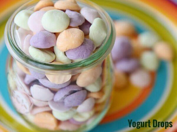 Frozen dried yogurt drops