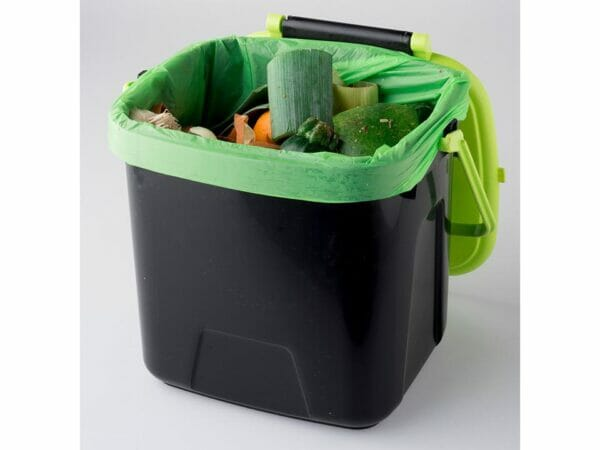 Small MAZE Kitchen Caddie Compost Bin with green corn bag inside and kitchen scraps