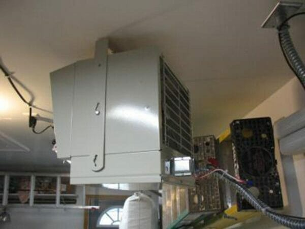 Installed RSI Greenhouse Heating System showing side view