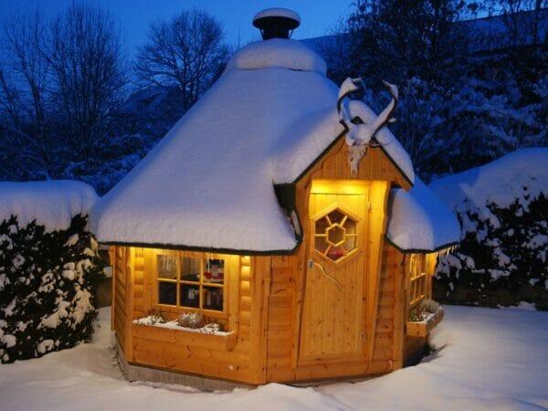 KOTA Grillhouse in Snow