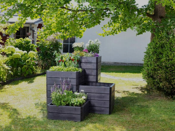 Ergo Quadro Stackable Raised Bed Planters in a garden